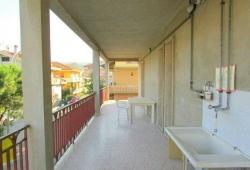 Silvi Marina (TE), Trilocale 5 posti letto con Grande Terrazzo 50 mt. dal Lungomare - PAOLA