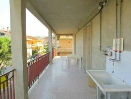 Silvi Marina, Trilocale 5 posti letto con Grande Terrazzo 50 mt. dal Lungomare - PAOLA