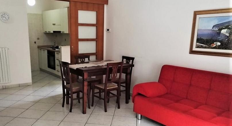 Montesilvano (PE), Appartamento 4 posti, a soli 100 m. dal lungomare e dalla spiaggia - ANGELA