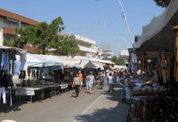 mercato-silvi-marina